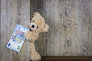 Die Möglichkeit ein Geldtransfer nach Ausland machen.