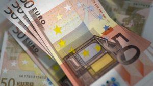 Mit einem anderen Anbieter Geld von Schweiz nach Deutschland überweisen im Test